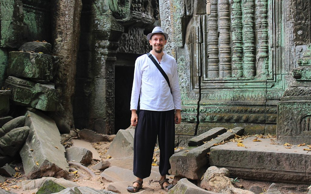Arimo Koo at the ruins of Ta Phrom.