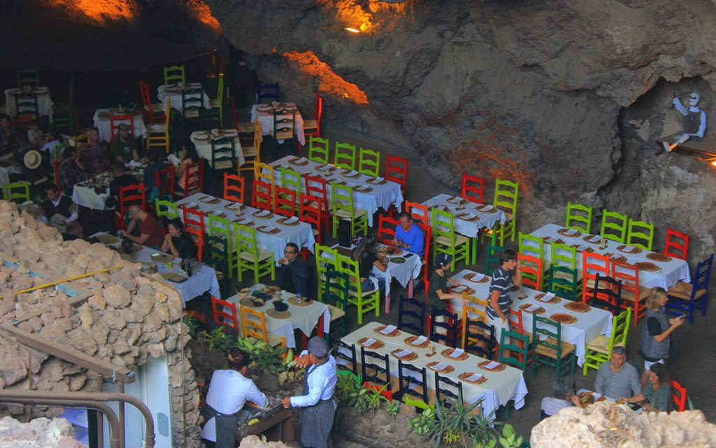 La Gruta is an expensive retaurant, but it's located inside a cave, so it offers a perfect escape from the sun.