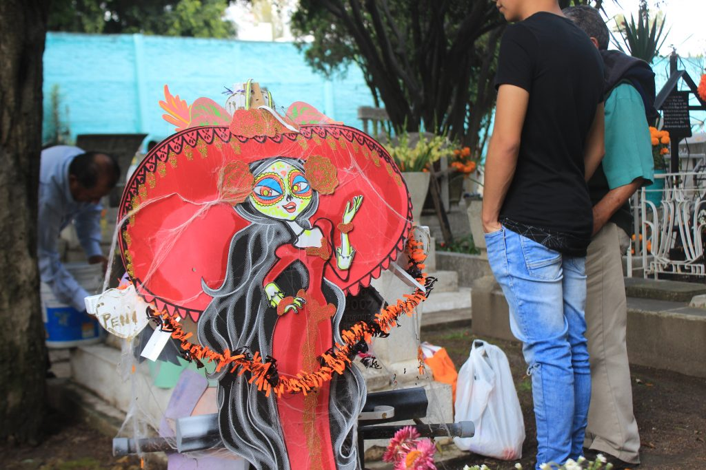 Día de Los Muertos in Coyacan graveyard, Mexico CIty